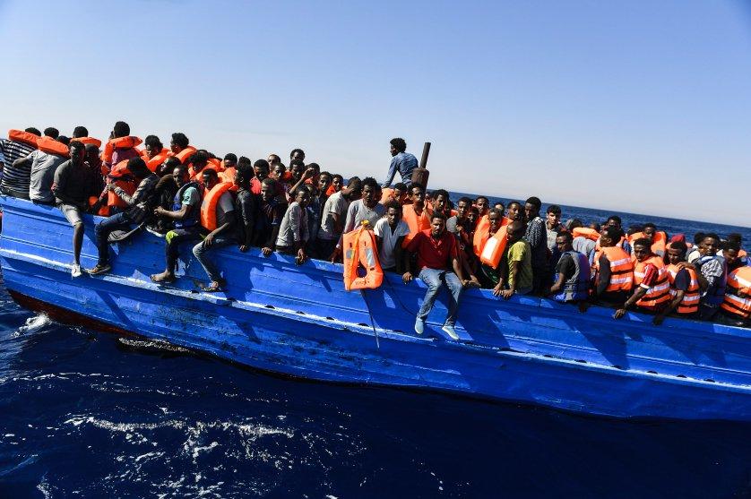 lynsey-addario-mediterranean-migrants-85-2