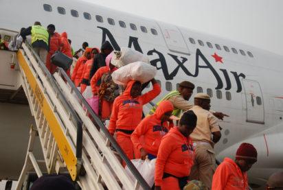 Libyan-Returnees-Arrive-Port-Harcourt-8-e1515353305791
