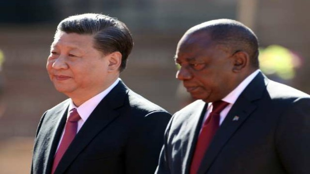 China's_President_Xi_Jinping_with_South_African_President_Cyril_Ramaphosa