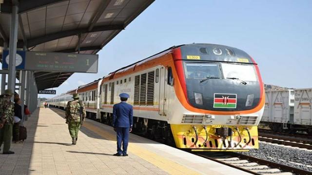 Train_in_Kenya
