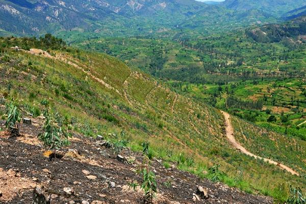 A_degraded_hill_in_Muhanga_District_Sam_Ngendahimana