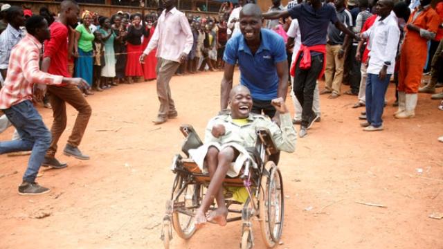 Disability_Celebrating_victory