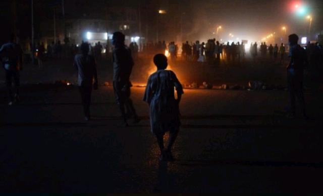 Sudanese-demonstrators.jpg