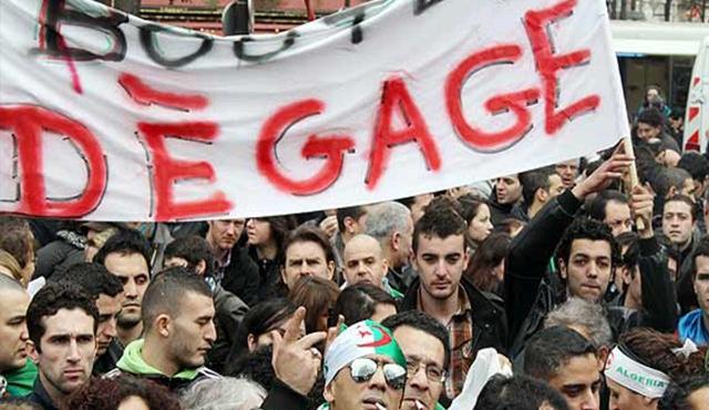 Algerians-protest.jpg