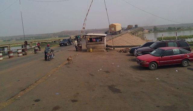 Niger-Benin border.jpg