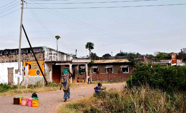 tanzania-street.jpg