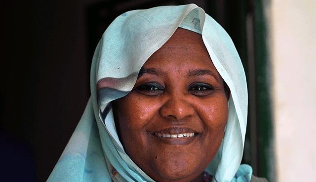 Mariam-Sadiq-al-Mahdi.jpg