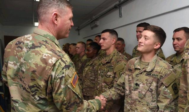 U.S.-Army_Africa_commander_visits_Camp_Lemonnier_Djibouti-1024x732_crop_640x380.jpg