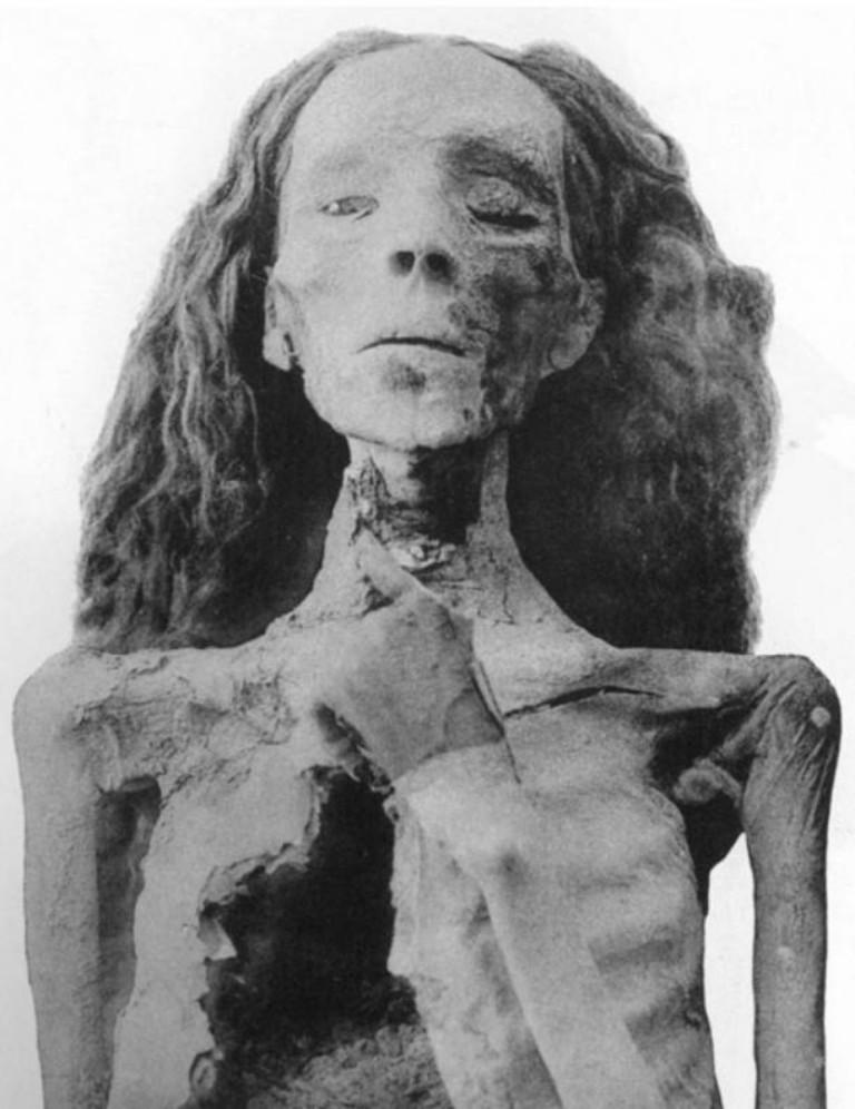 The mummy of Queen Tiye